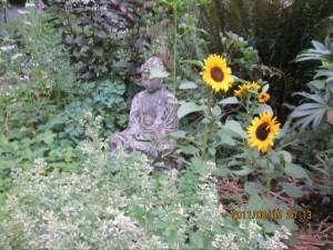 statue flower